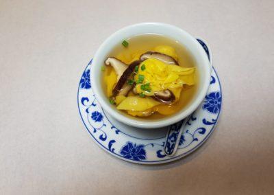 Soupe aux raviolis