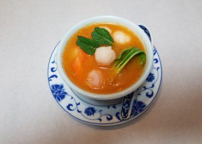 Soupe aux boulettes de crevettes